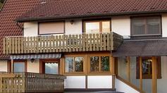 Vordach, Balkon & Eingangsbereich