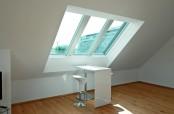 Arbeitsplatz mit Roto Panorama-Dachfenster Azuro