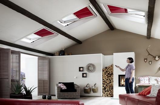 roto dachfenster sind fast beliebig kombinierbar. Black Bedroom Furniture Sets. Home Design Ideas