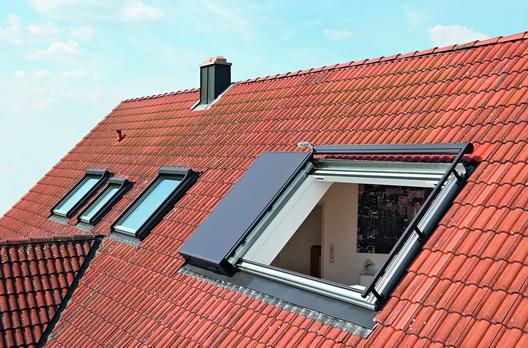 Panorama Dachfenster panorama-dachfenster azuro von roto | wohndachfenster & dachgauben