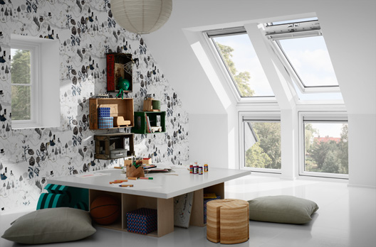 velux fenster erweiterung nach unten wohndachfenster. Black Bedroom Furniture Sets. Home Design Ideas