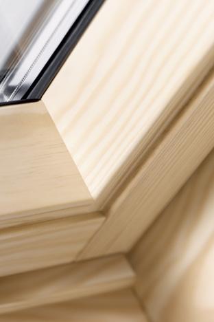 Fensterecke in Holz - Produktdetail: VELUX Holzqualität