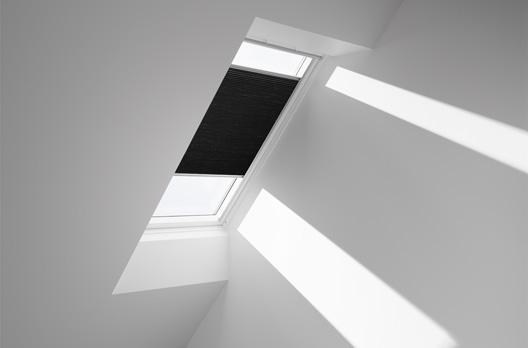 VELUX manuelles Faltstore DuoLine FHC, Farbe 1047 (schwarz)